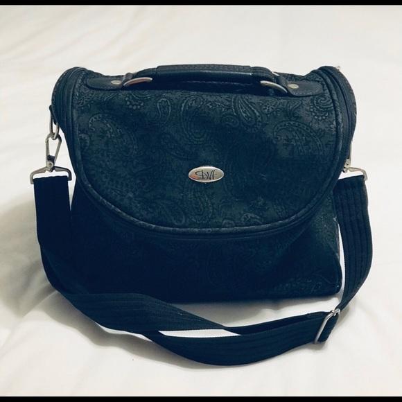 Diane Von Furstenberg Bags   Vintage Dvf Beauty Makeup Bag   Poshmark 756db9998d